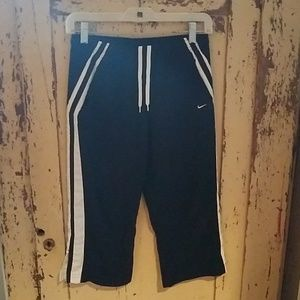 Boys Nike warm up pants M